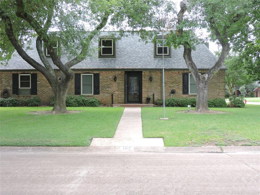 1517 19th Avenue N Property Photo - Texas City, TX real estate listing