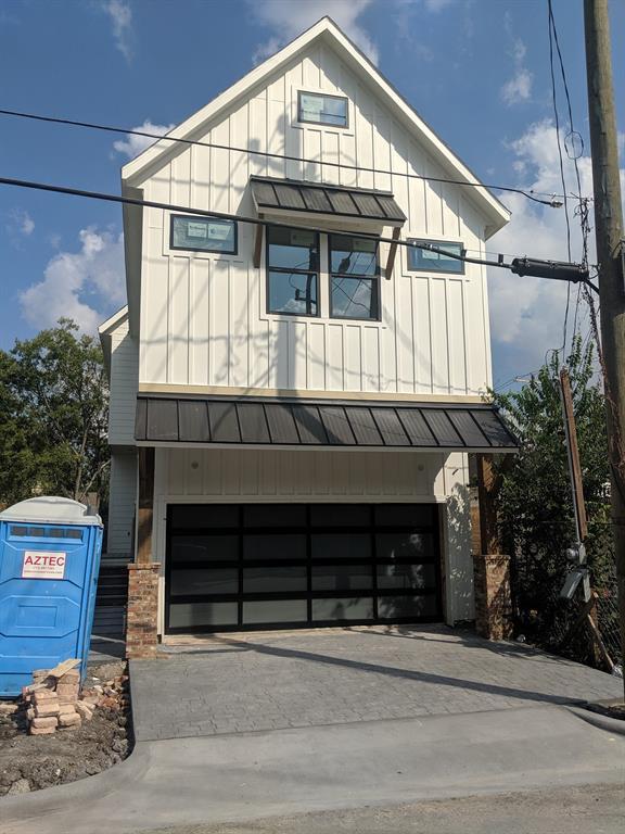 3222 Omega Street Property Photo