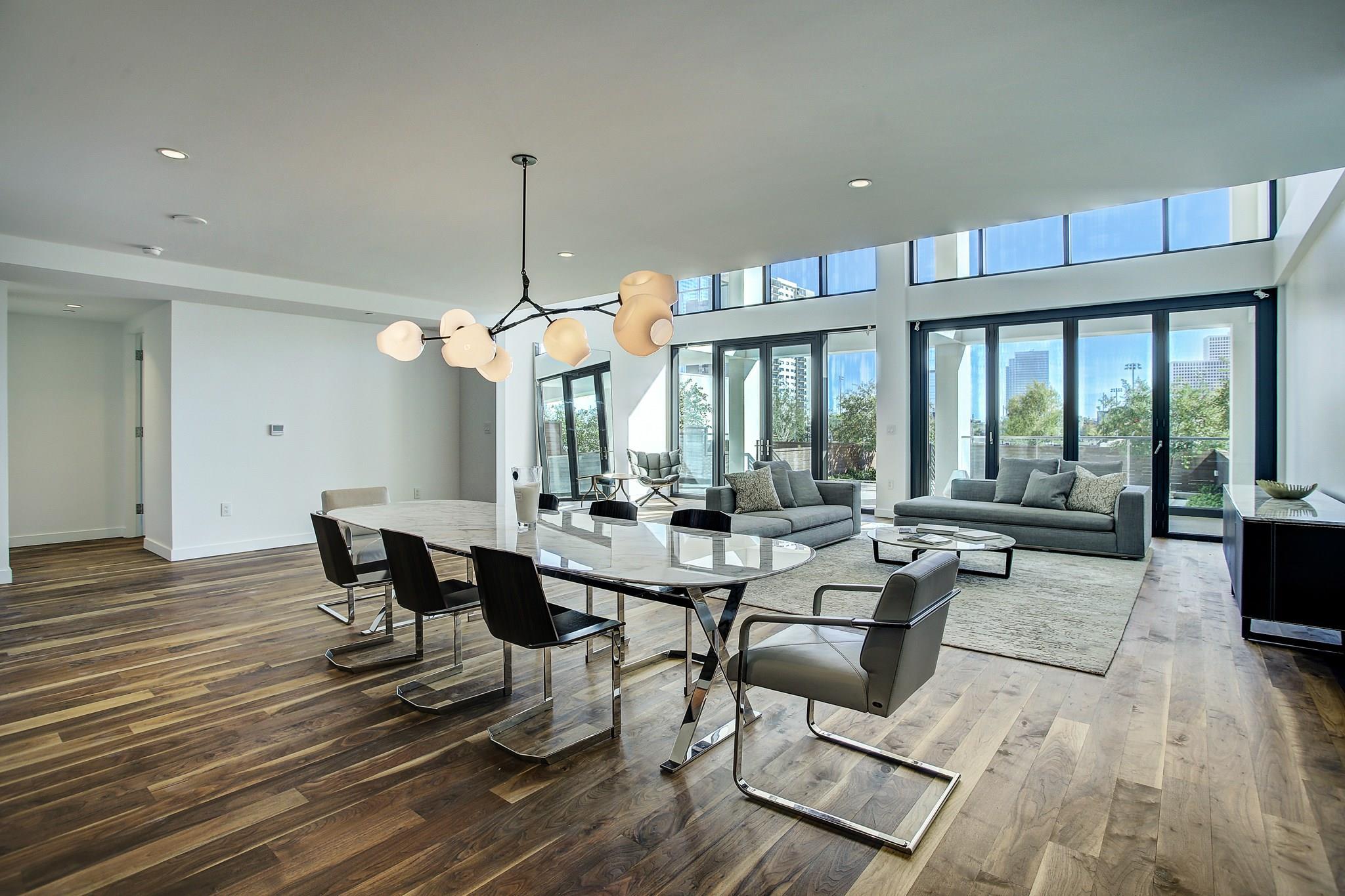 3433 Westheimer #204 Property Photo - Houston, TX real estate listing