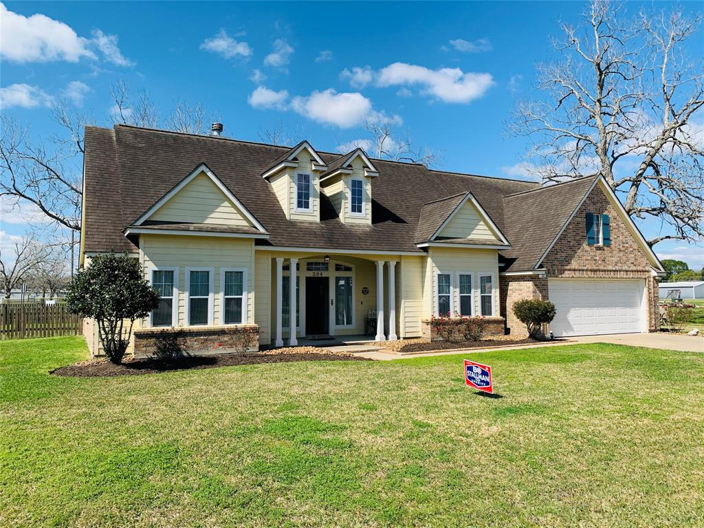 204 Victory Lane, Sweeny, TX 77480 - Sweeny, TX real estate listing