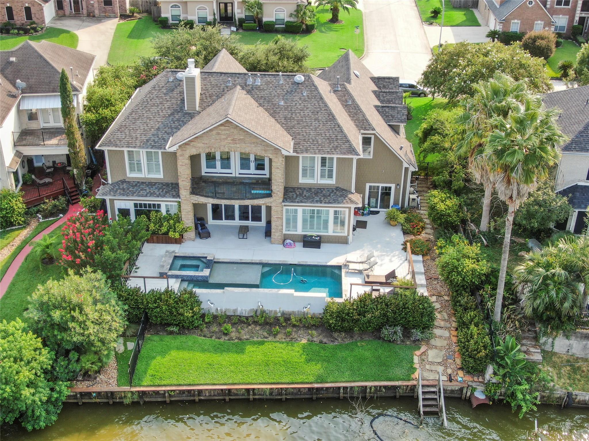 19015 Aquatic Drive Property Photo - Houston, TX real estate listing