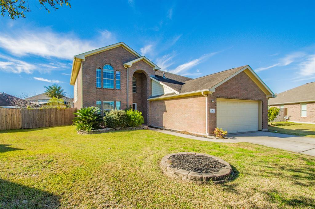726 Chase Land Circle, Bacliff, TX 77518 - Bacliff, TX real estate listing