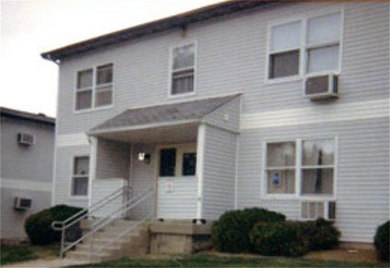 416 E Main Street Property Photo - Bethany, IL real estate listing