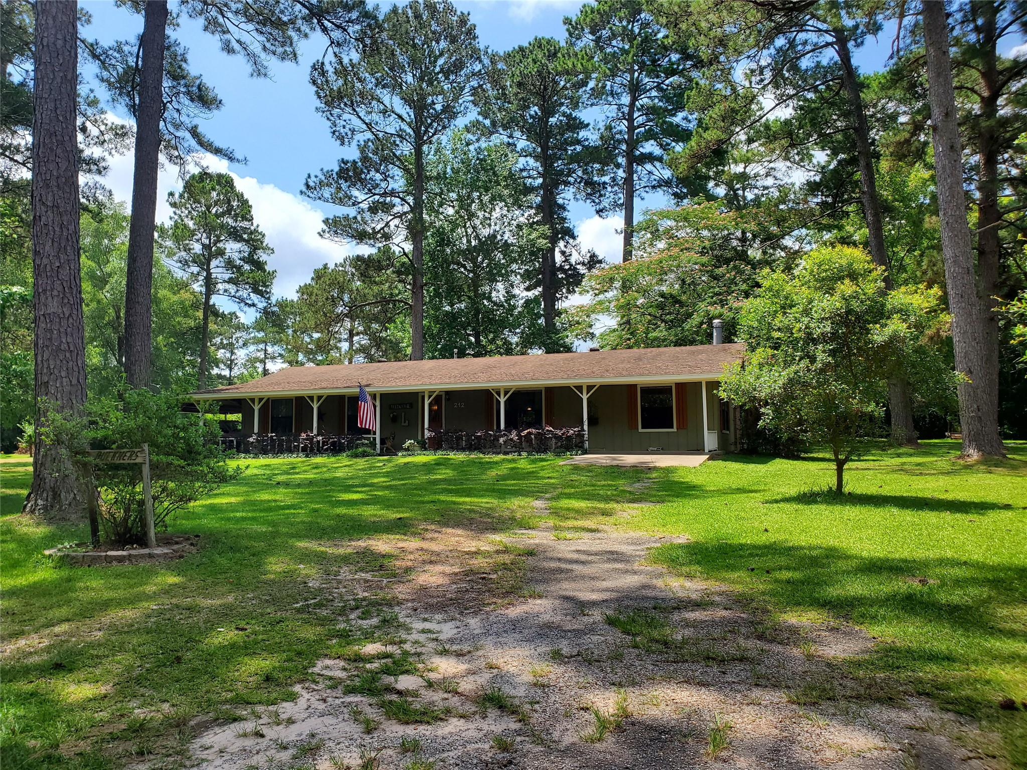 212 County Road 4471 Road W Property Photo - Warren, TX real estate listing