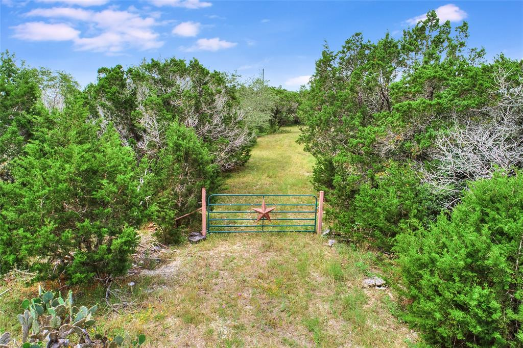 409 Avian Drive Property Photo - San Marcos, TX real estate listing