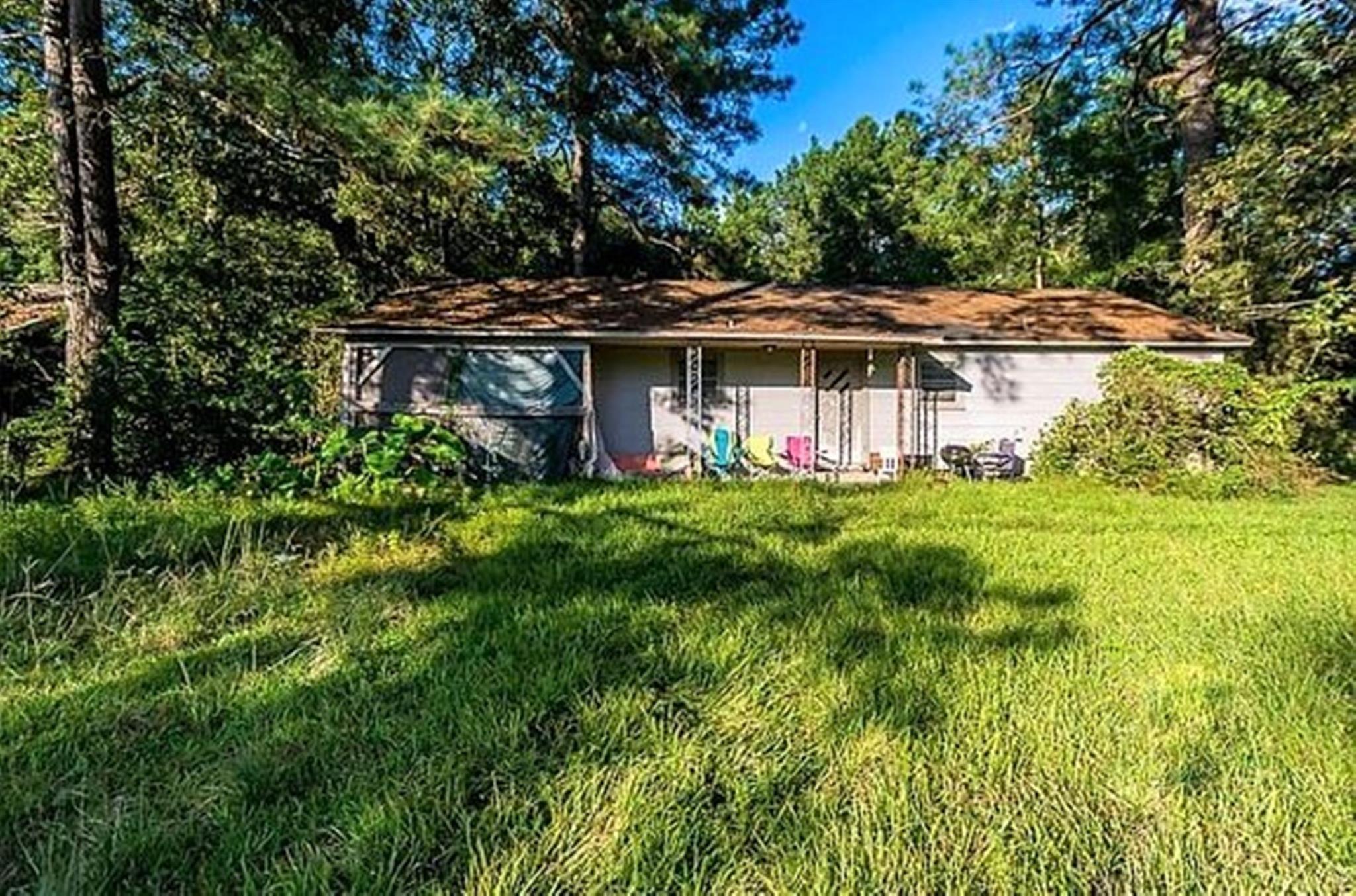 1010 W Ave B Property Photo