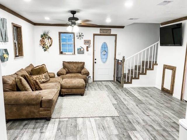 5211 County Road 208 Property Photo - Danbury, TX real estate listing