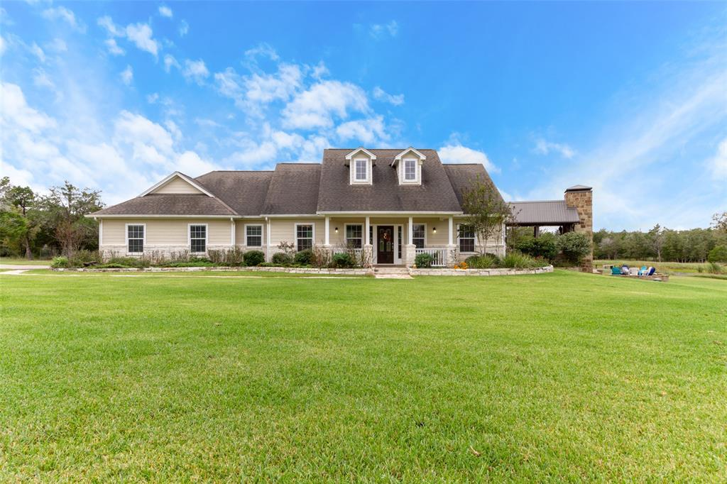 4375 Leslie Road, Fayetteville, TX 78940 - Fayetteville, TX real estate listing
