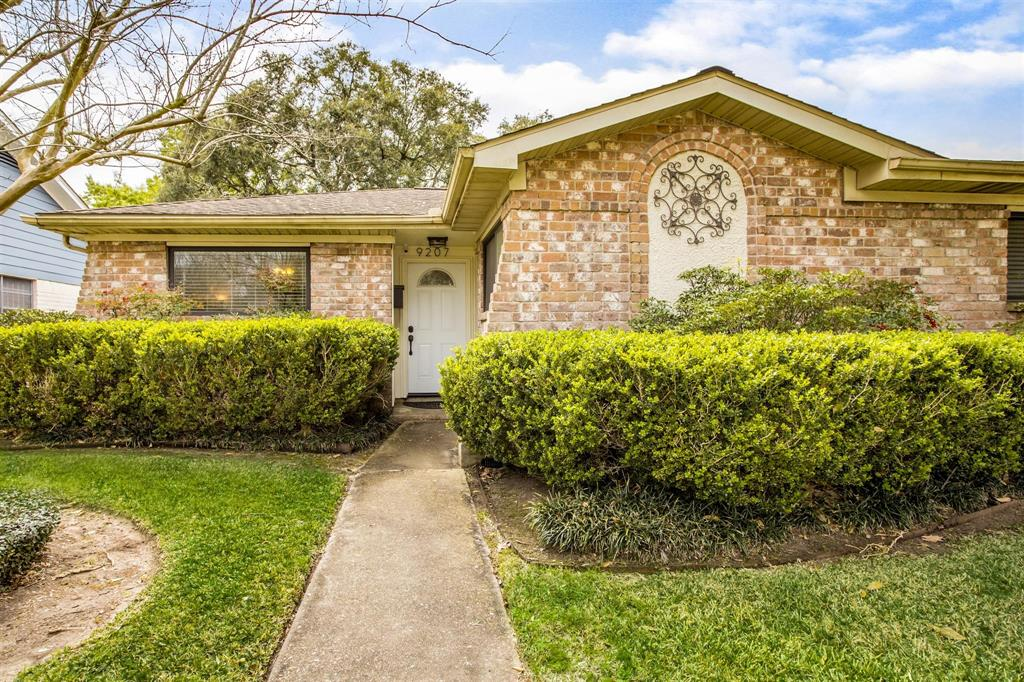 9207 Tooley Drive, Houston, TX 77031 - Houston, TX real estate listing