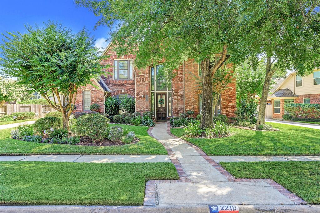 2210 Woodside Drive Property Photo - Houston, TX real estate listing