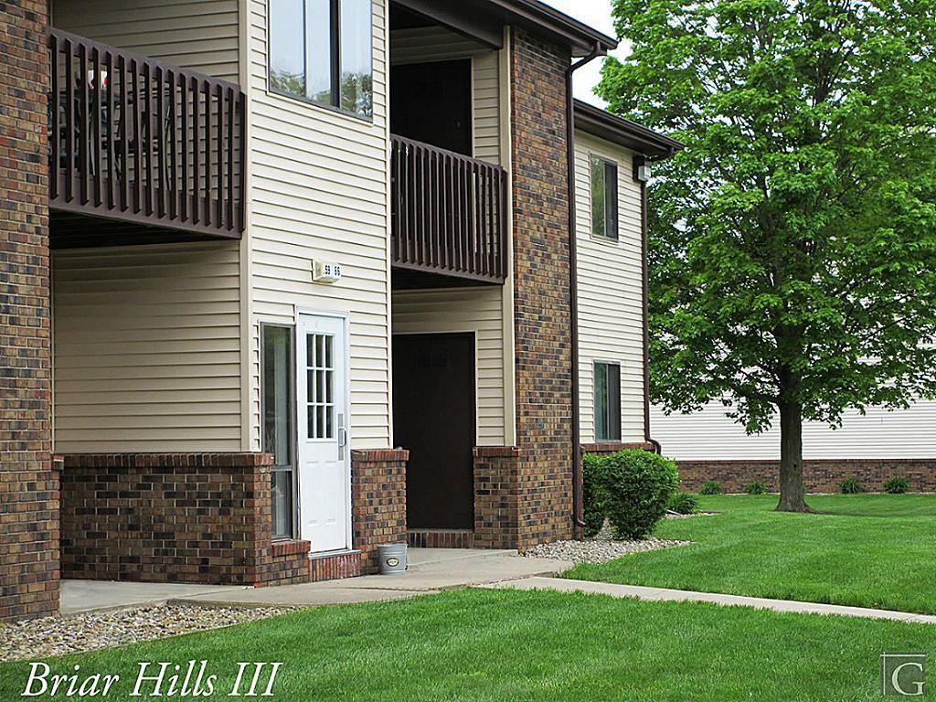 49090 Real Estate Listings Main Image
