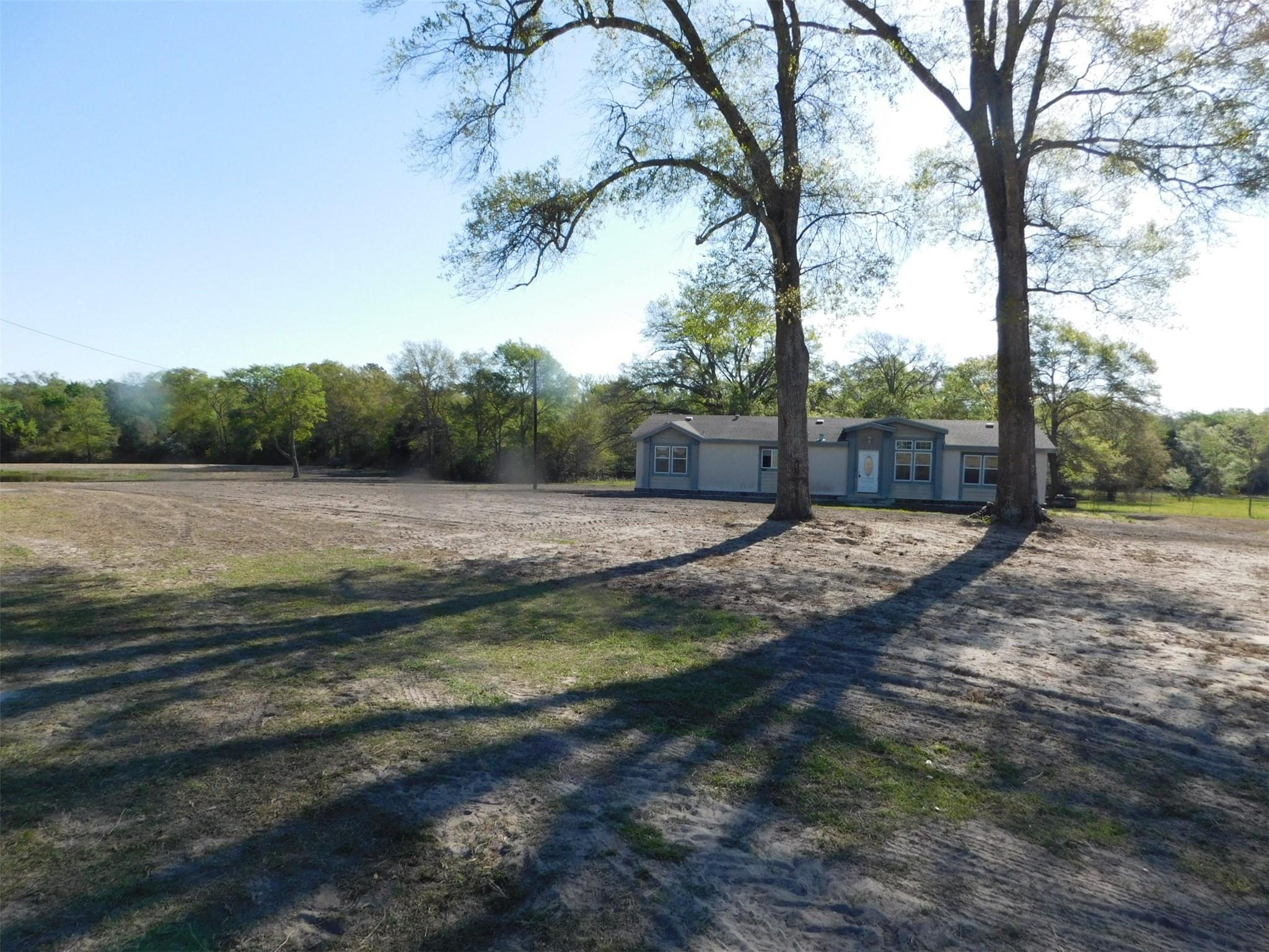 1816 Cr 427 Property Photo