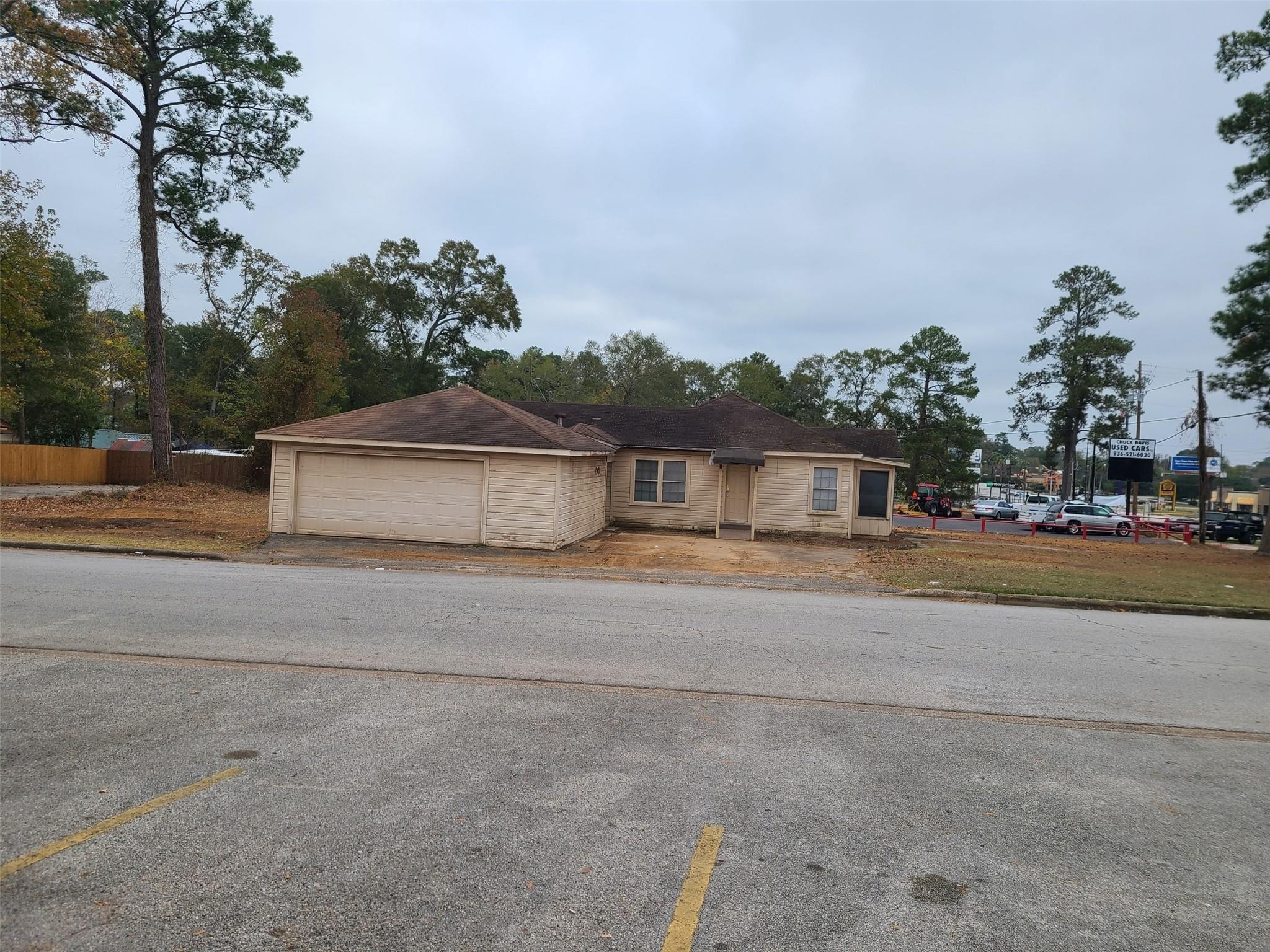 1312 N Frazier Street Property Photo