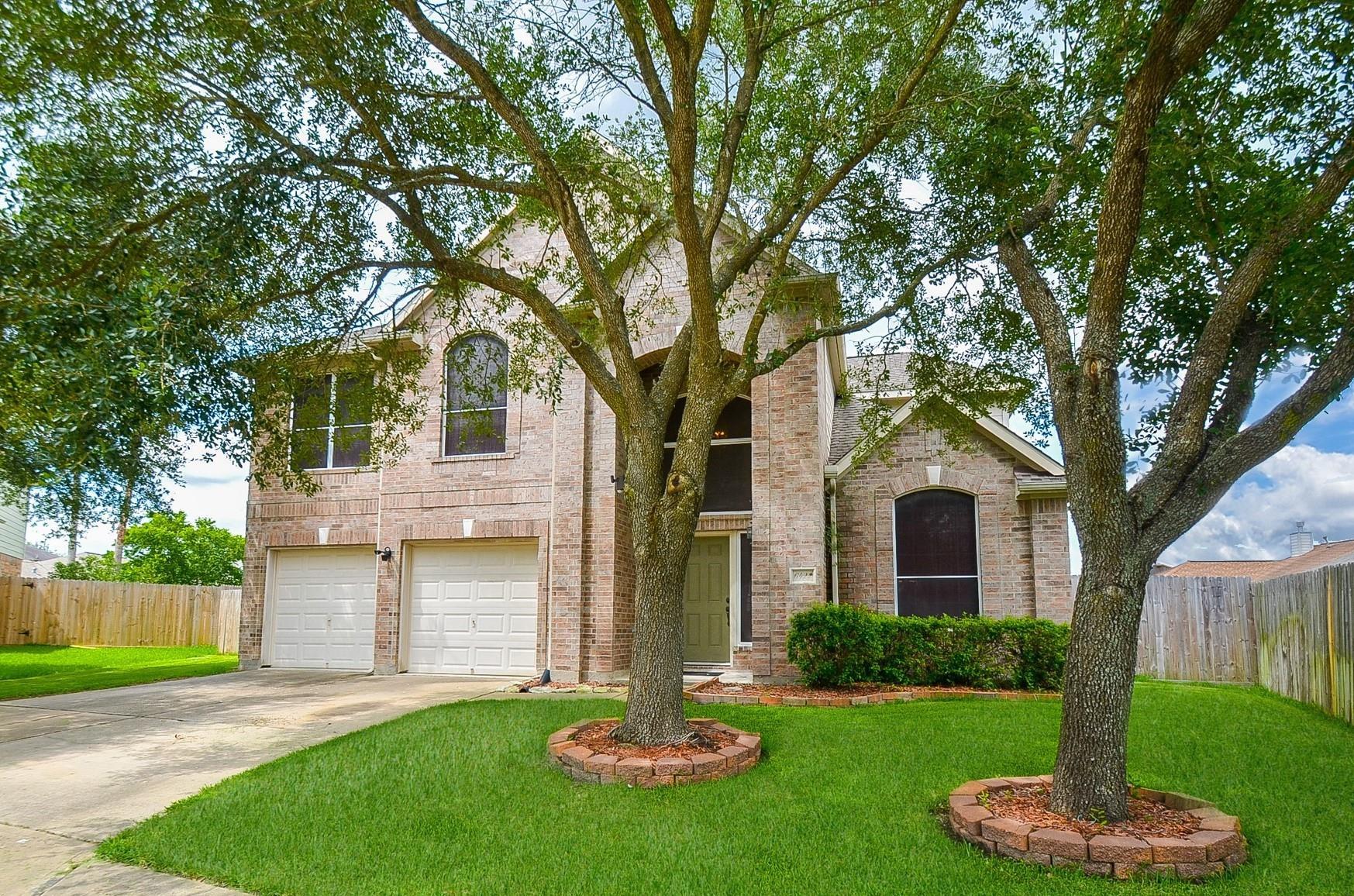 6422 Savannah Pines Drive Property Photo 1