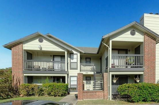 Converse Real Estate Listings Main Image