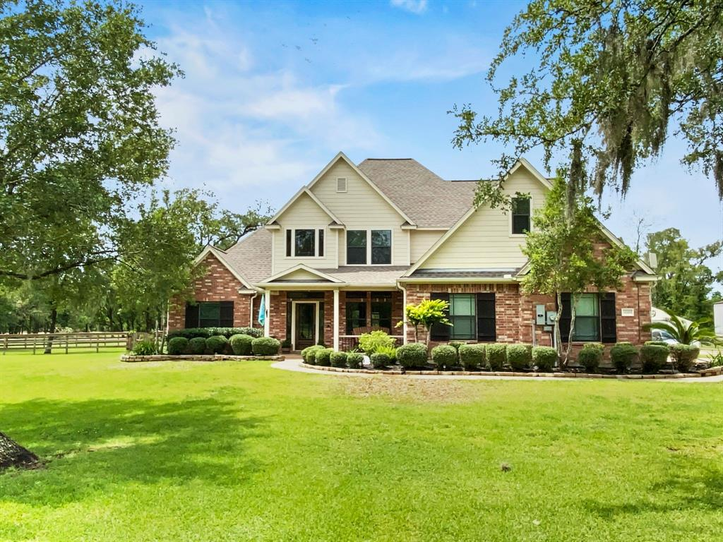 33203 Amberjack Drive Property Photo - Richwood, TX real estate listing