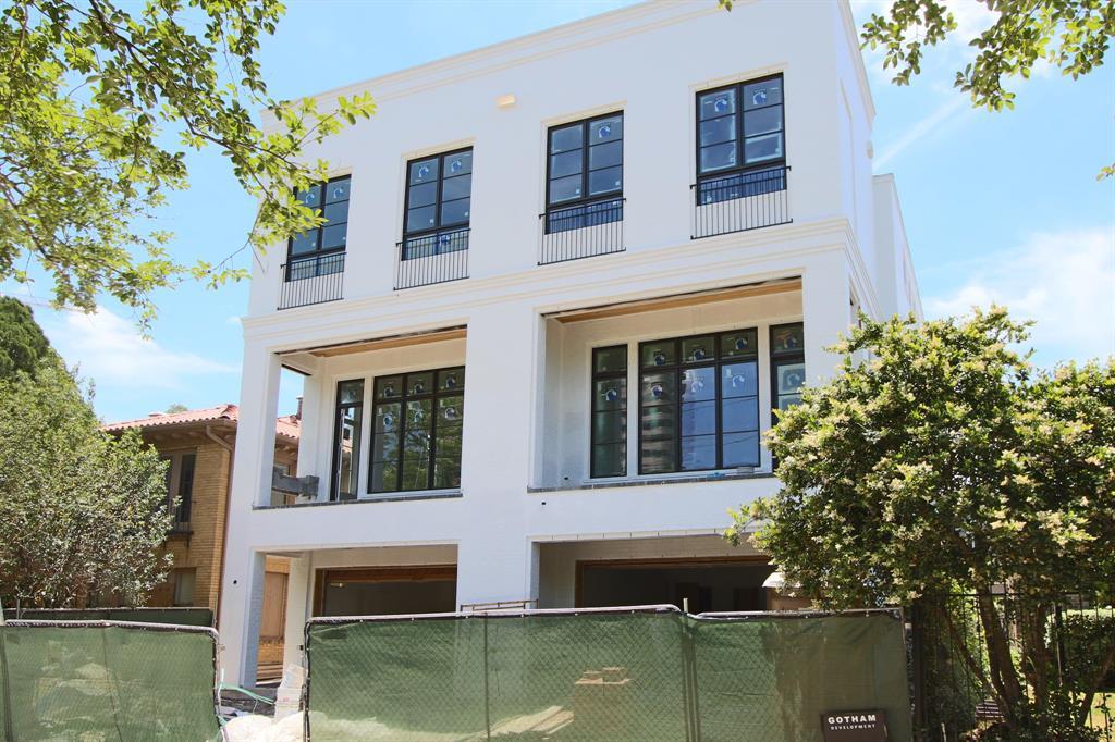 1107 Berthea Street #B, Houston, TX 77006 - Houston, TX real estate listing