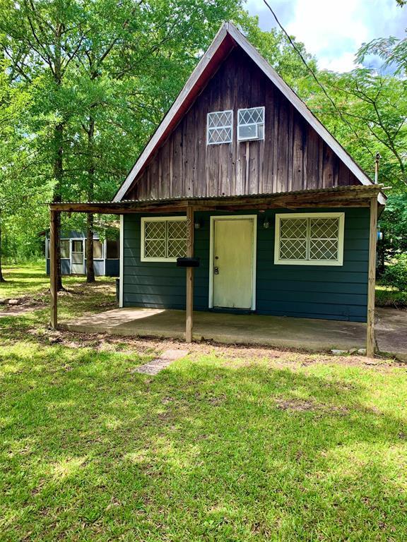 280 Oak Street Property Photo - Zavalla, TX real estate listing