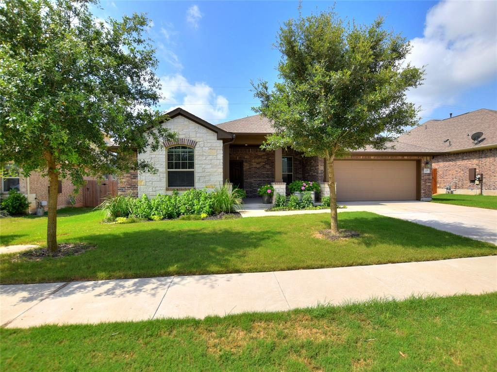 129 Headwaters Drive Property Photo - Bastrop, TX real estate listing