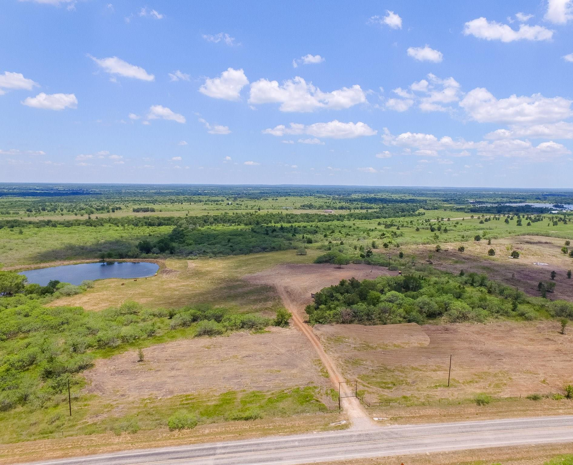 3895 Fm 1115 Property Photo - Gonzales, TX real estate listing