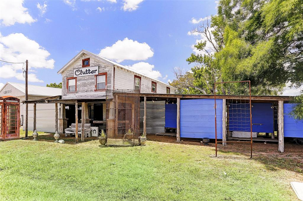 3949 Hwy 237 Property Photo - Warrenton, TX real estate listing
