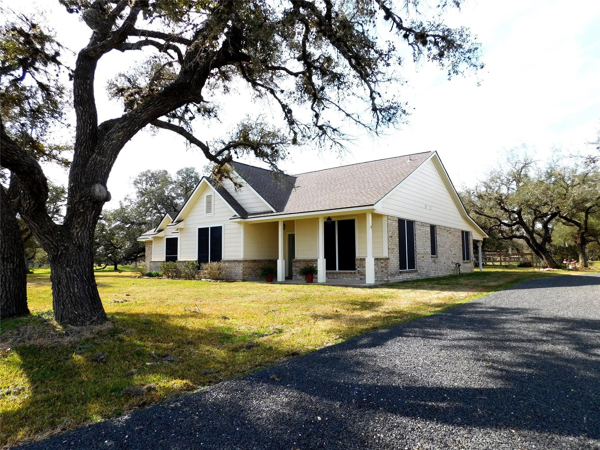 1034 Club Drive Property Photo