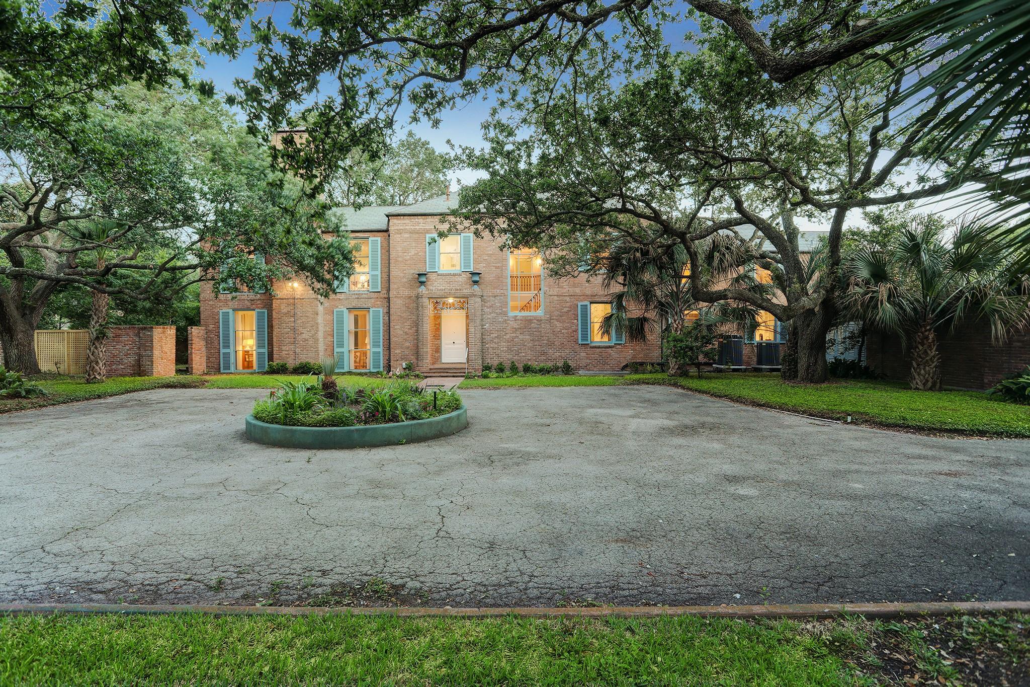 5115 Avenue T Property Photo