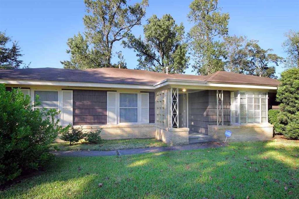2480 Evalon Street Property Photo - Beaumont, TX real estate listing