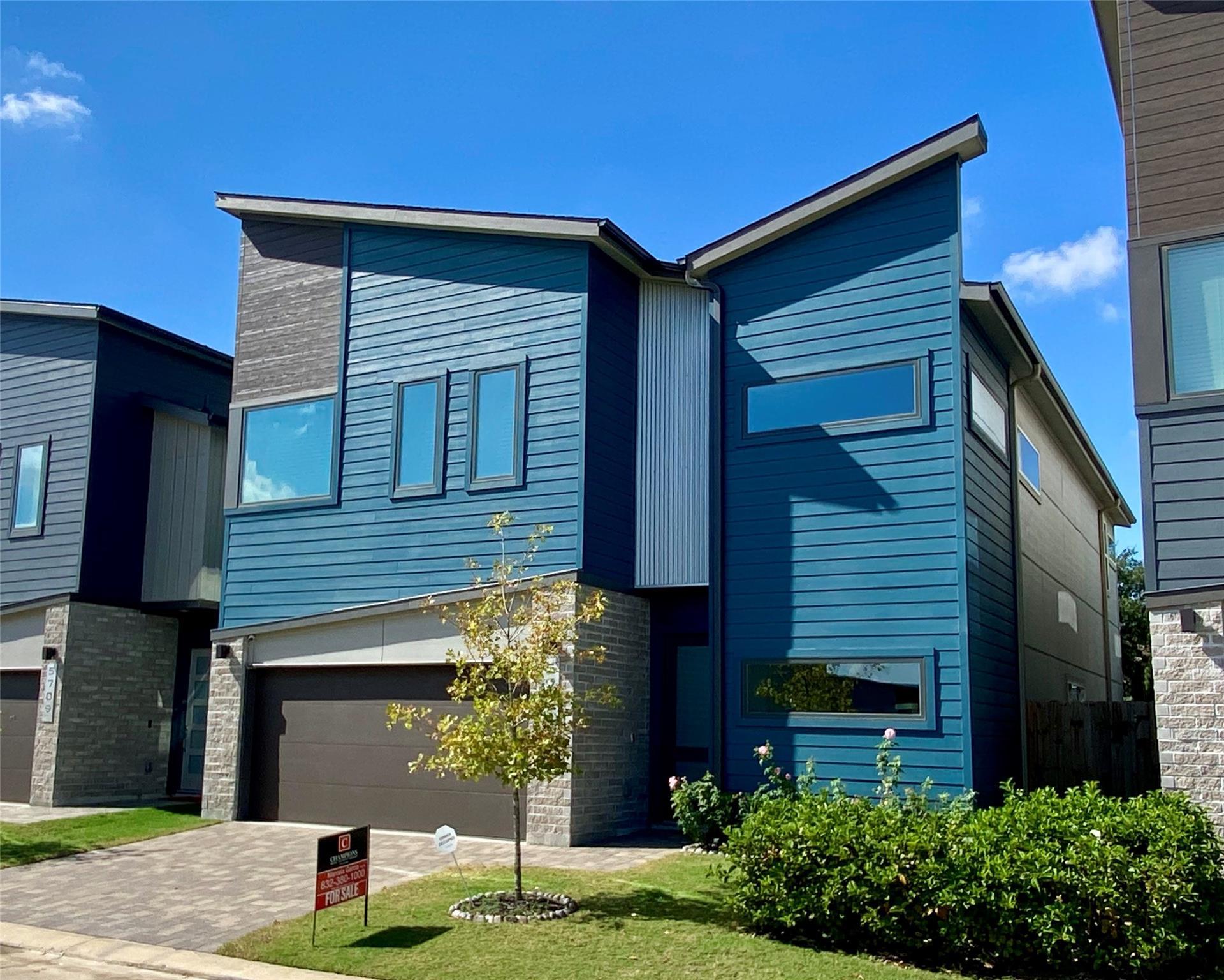 5711 Pampero Lane Property Photo - Houston, TX real estate listing