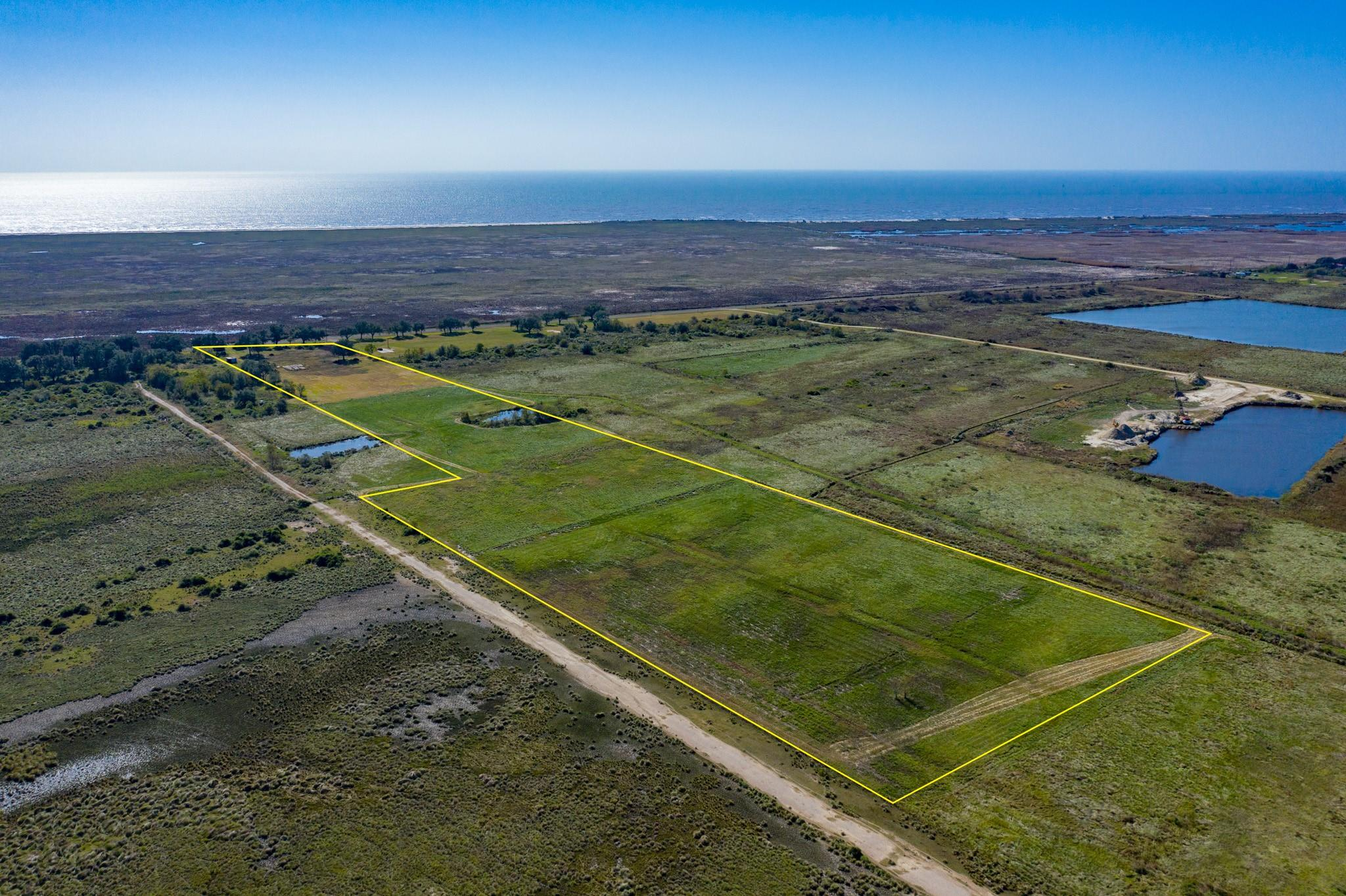 11351 S Gulfway Drive Property Photo - Sabine Pass, TX real estate listing