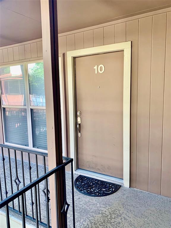 419 Marshall Condo Real Estate Listings Main Image
