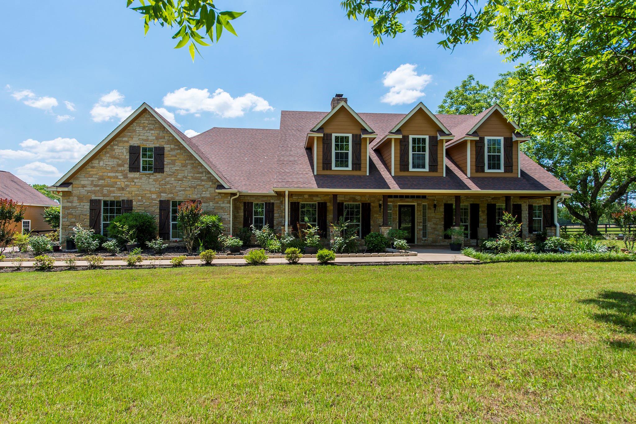 3917 FM 229 Property Photo - Crockett, TX real estate listing