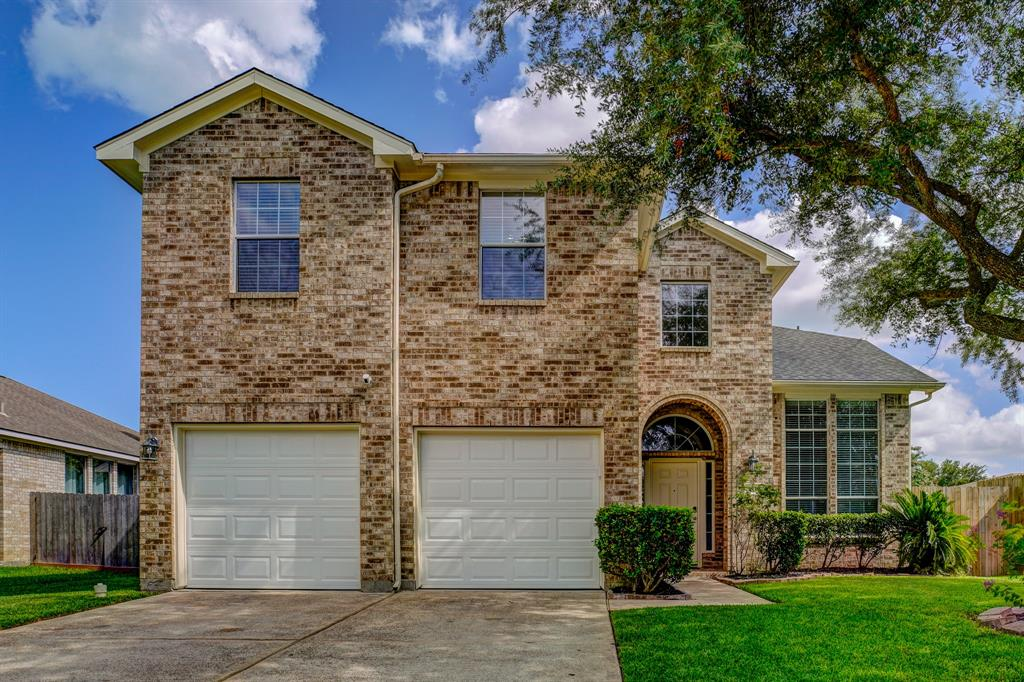 4530 Taino Drive Property Photo - Baytown, TX real estate listing