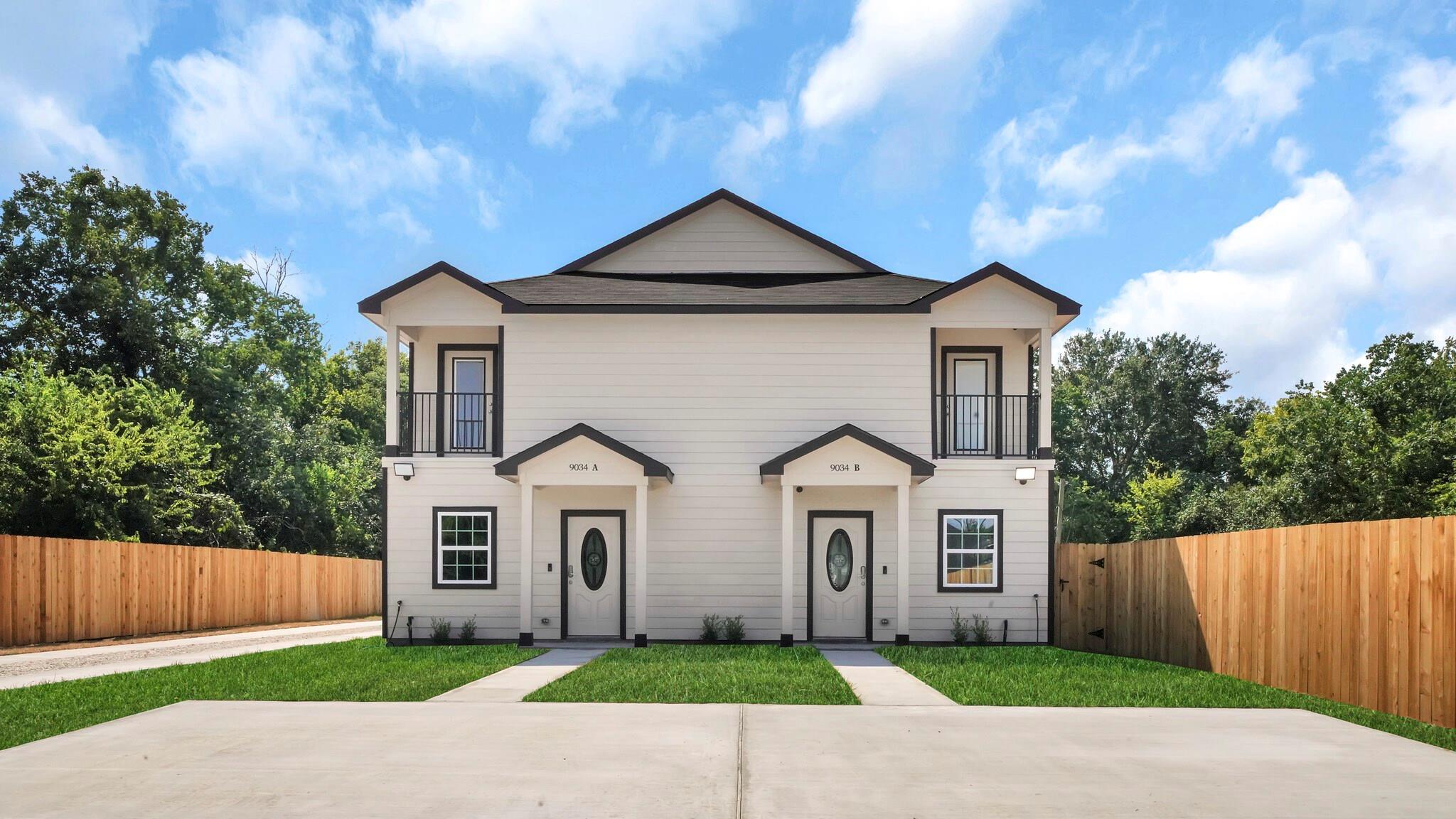 9034 Jutland Road #A/B Property Photo - Houston, TX real estate listing