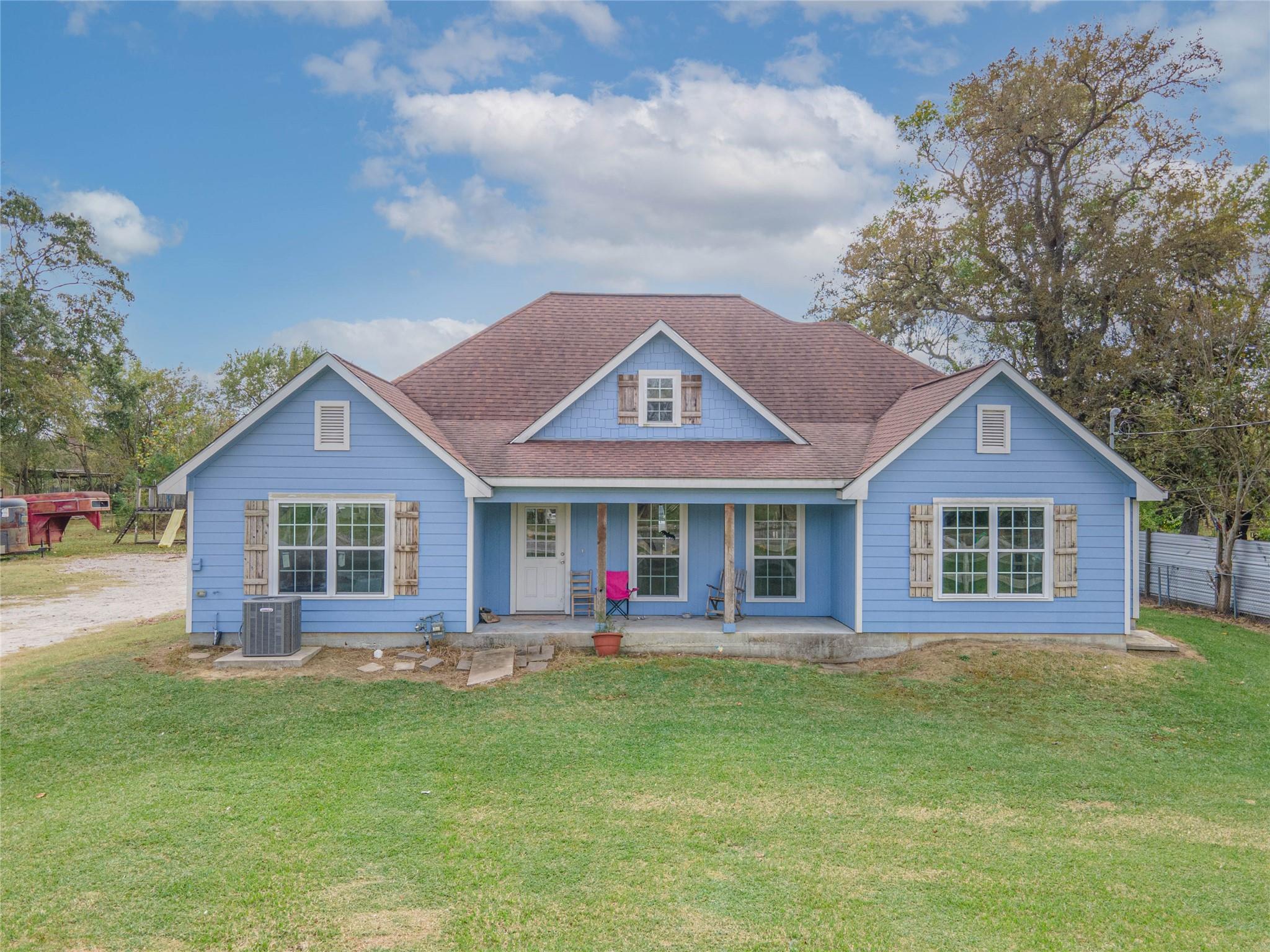 303 Jones Road Property Photo - Highlands, TX real estate listing