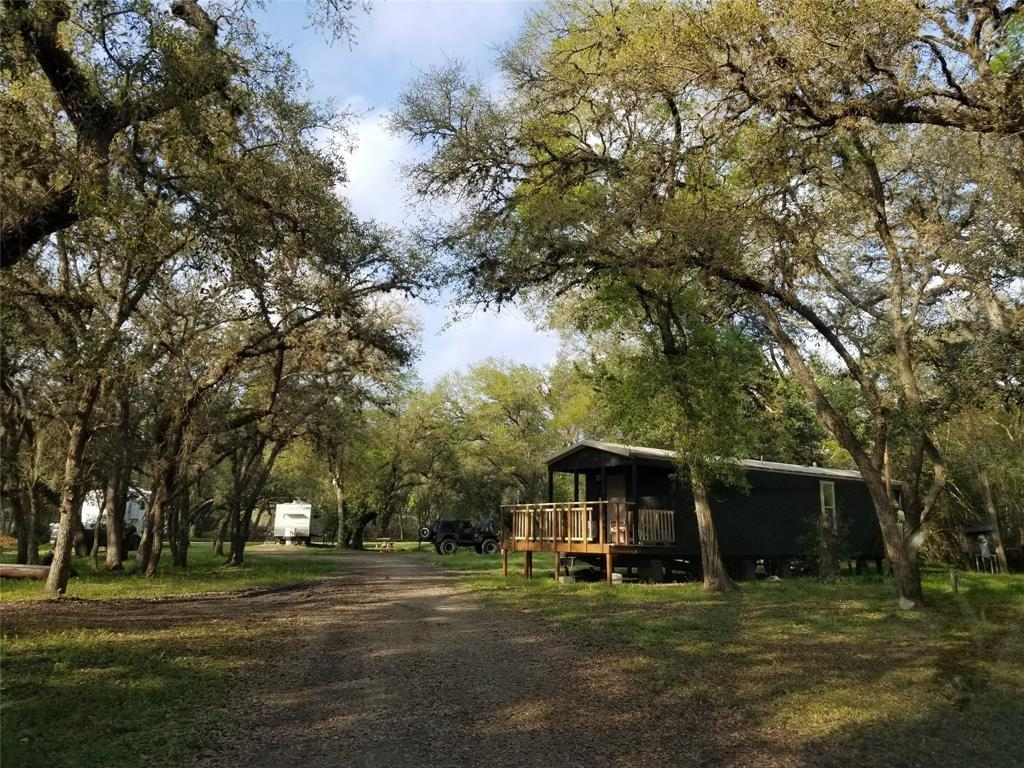 457 County Road 442 Property Photo - Blessing, TX real estate listing