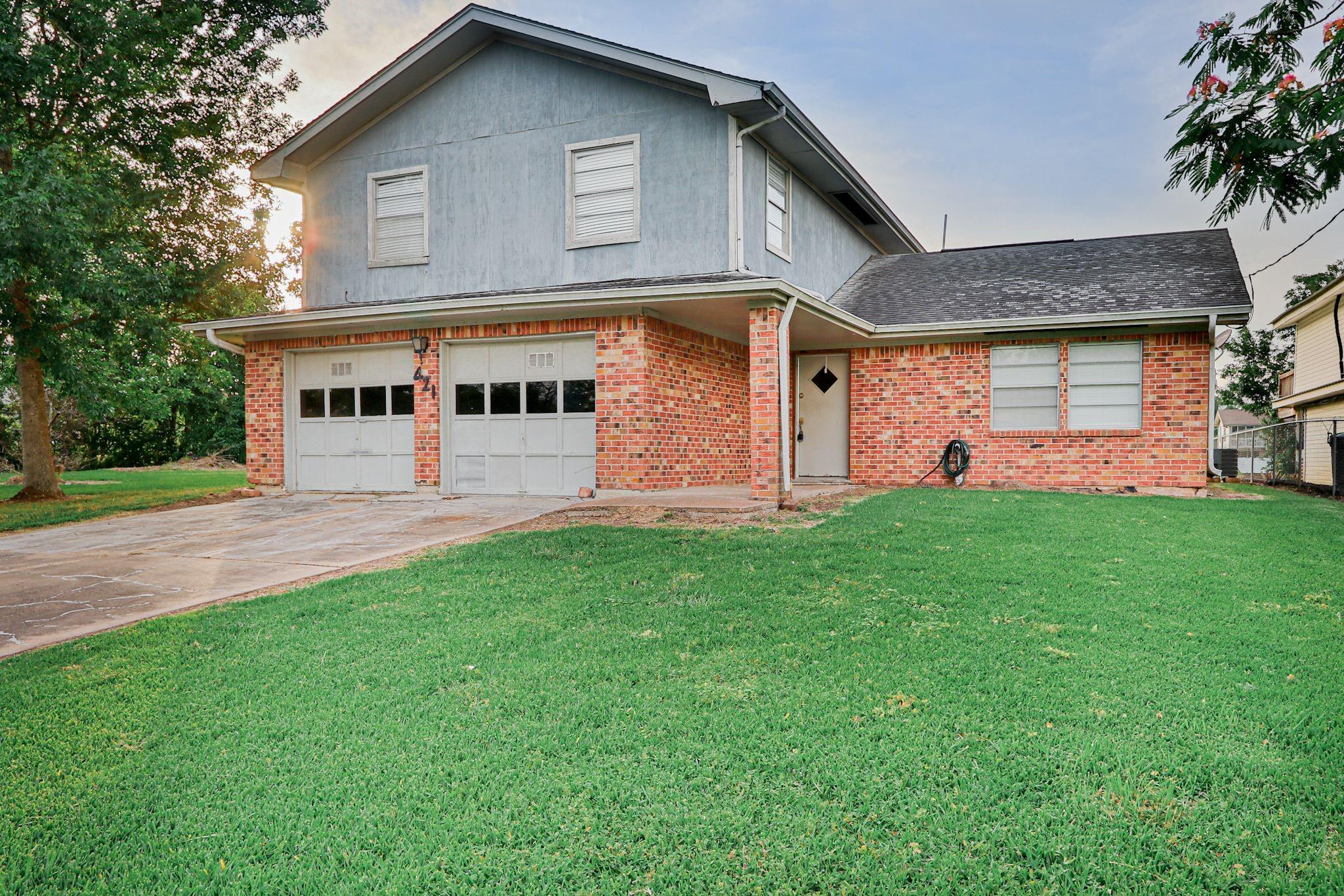 421 Fathom Drive Property Photo