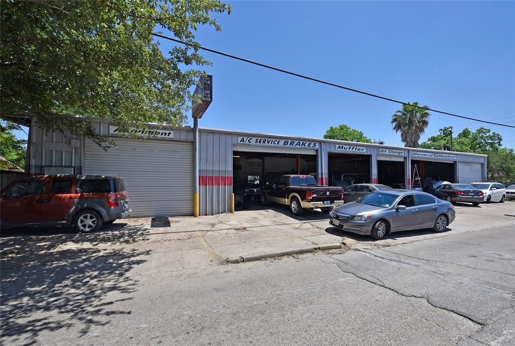 4701 Sherman Street Property Photo - Houston, TX real estate listing