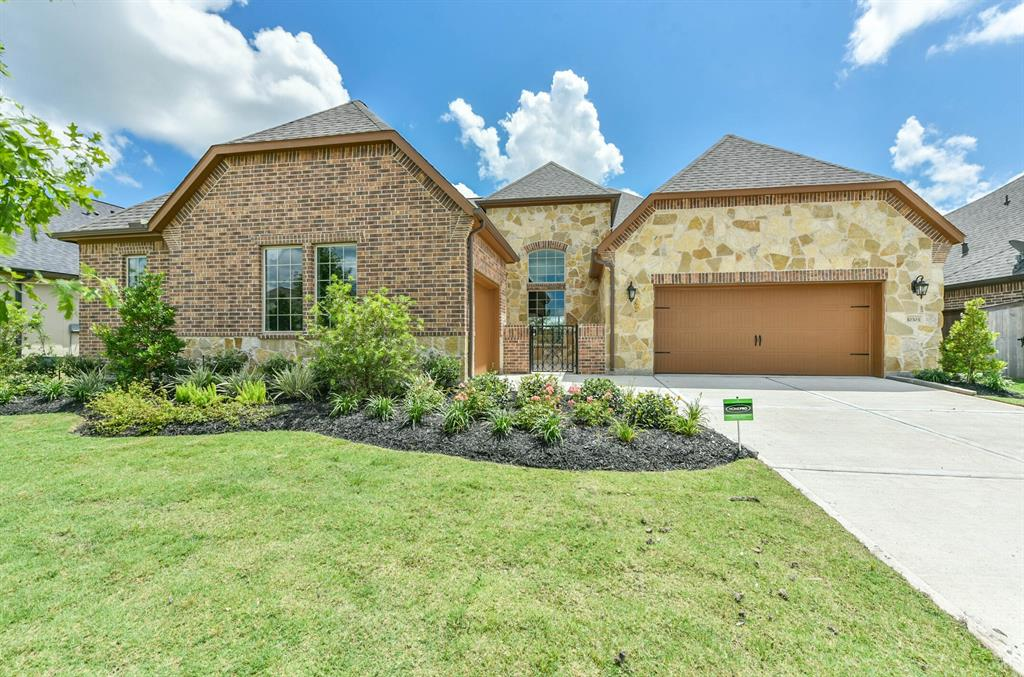 10303 Mesa Drive Property Photo - Iowa Colony, TX real estate listing