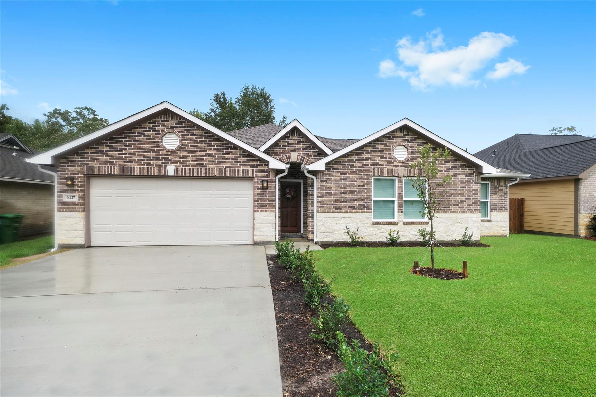 8217 Hickok Lane Property Photo - Houston, TX real estate listing