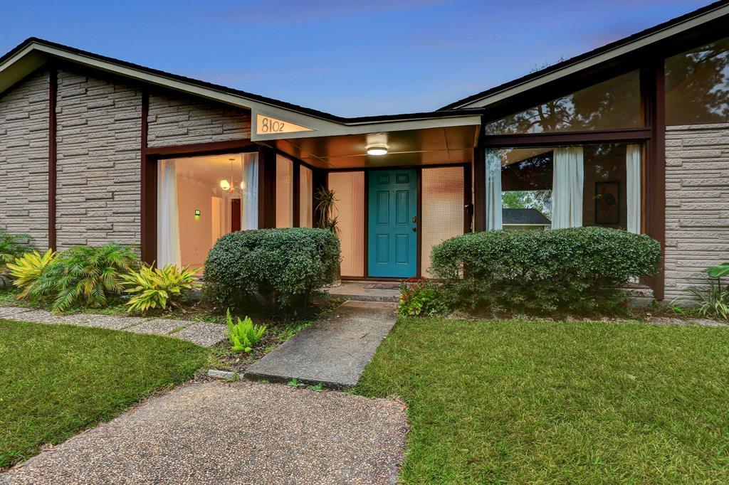 8102 Braesdale Lane Property Photo - Houston, TX real estate listing