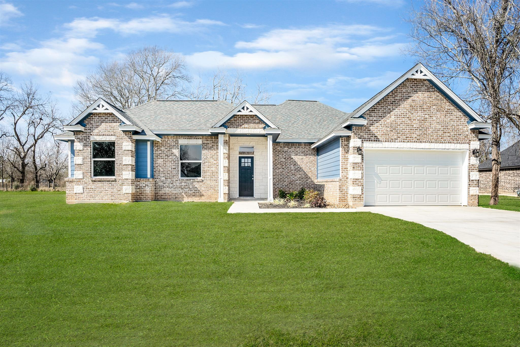 50 Ivy Court Property Photo - Jones Creek, TX real estate listing