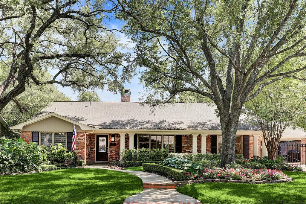4819 Waynesboro Drive Property Photo - Houston, TX real estate listing