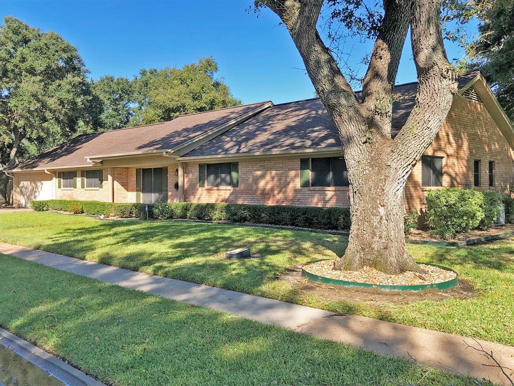 1006 Empire Street, El Campo, TX 77437 - El Campo, TX real estate listing
