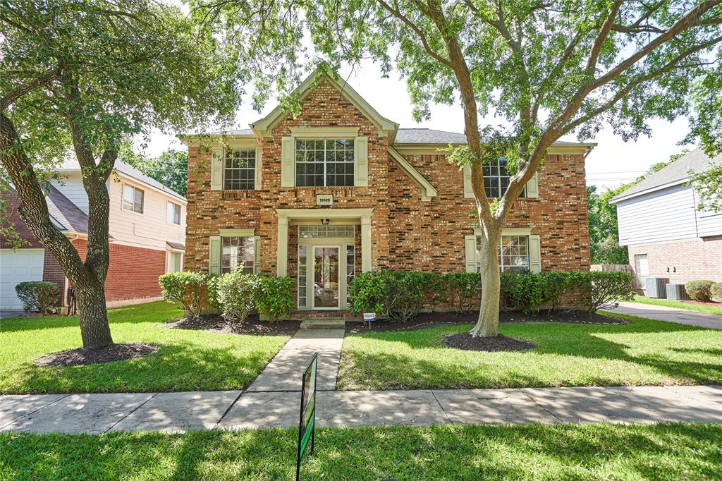 12626 Alderwood Drive Property Photo - Missouri City, TX real estate listing
