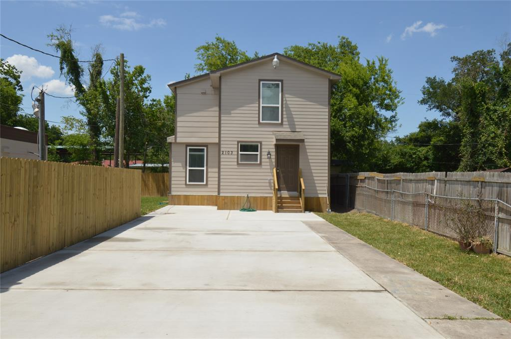 2103 Maurine Street Property Photo