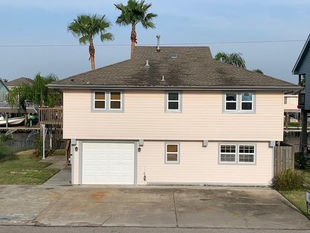 1184 Sailfish Street Property Photo - Bayou Vista, TX real estate listing