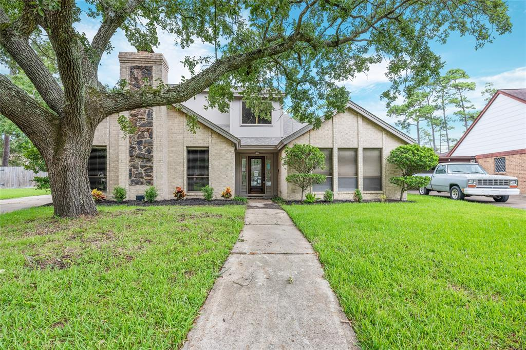 3712 Autumn Lane Property Photo - Baytown, TX real estate listing
