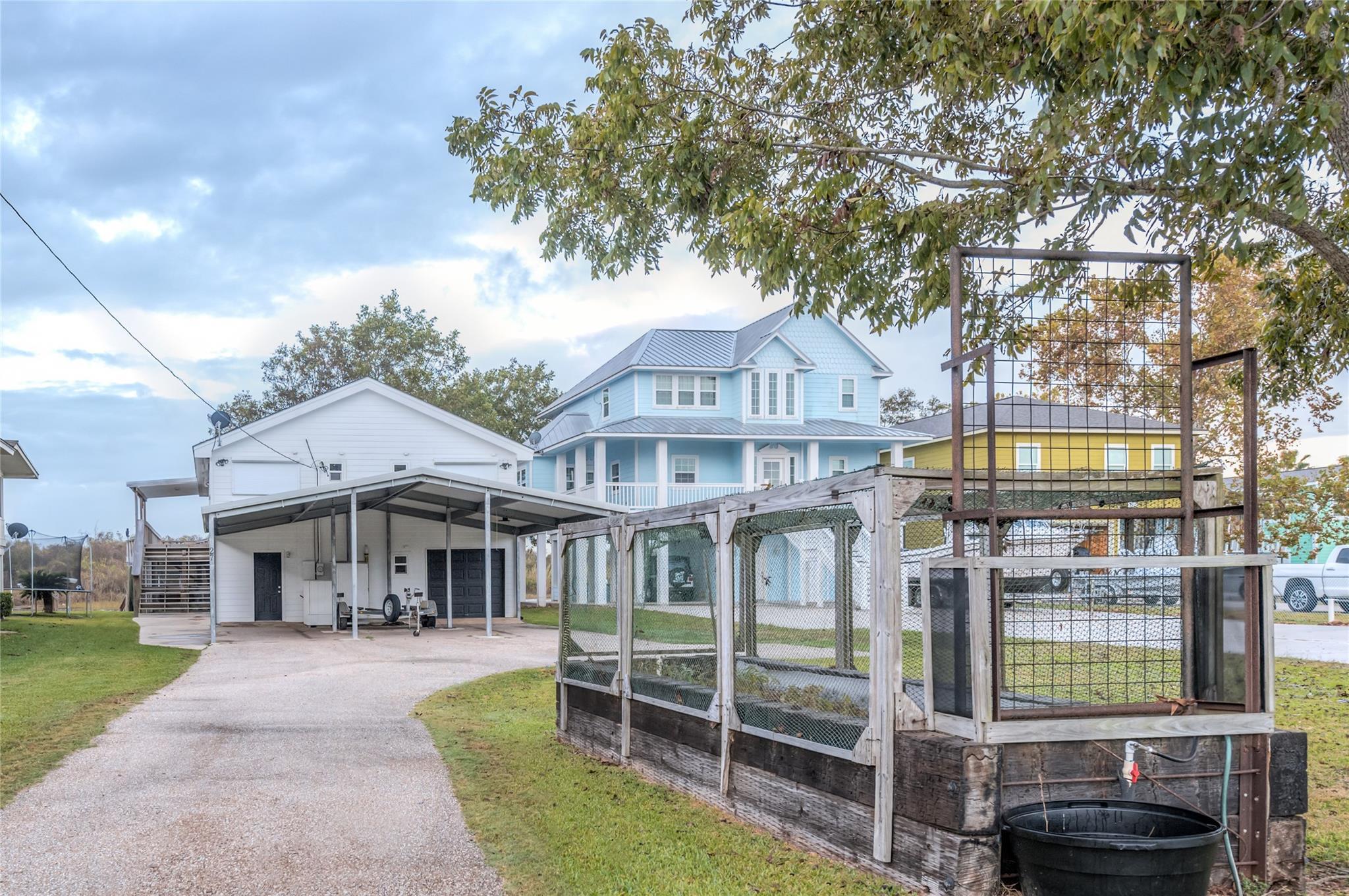 27 County Road 257 Property Photo - Matagorda, TX real estate listing