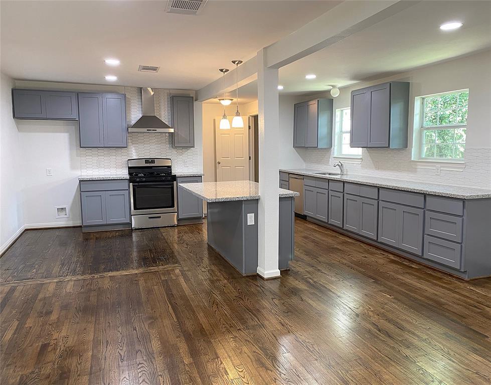 907 Whitaker Avenue Property Photo - Pasadena, TX real estate listing